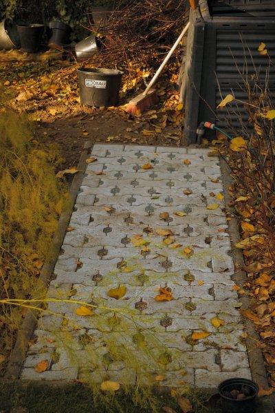 Teil 08 - Kleines-Zusatzprojekt - Mit sauberen Schuhen zur Kompostbox