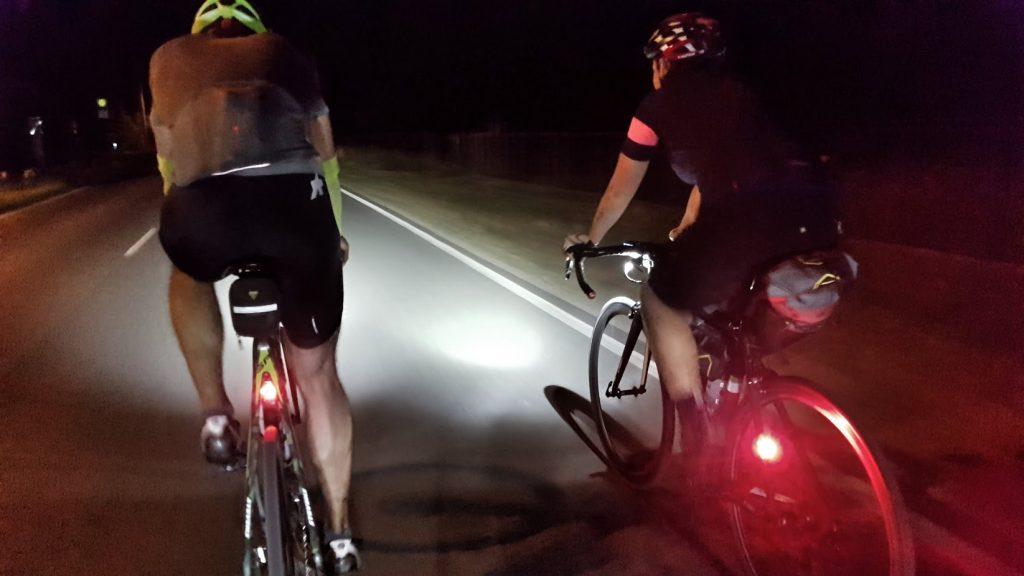 Und wir fahr'n mit deinem Rad durch die Nacht. ©M.Krüger