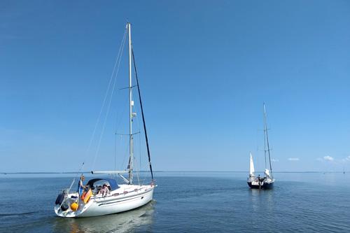 Segelschiffe auf dem Stettiner Haff
